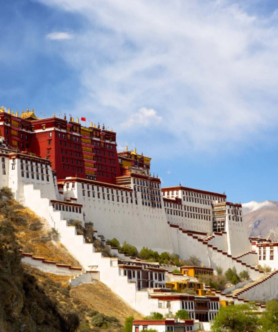 FEATURED IMAGE Potala palace in Lhasa, Tibet_196024793