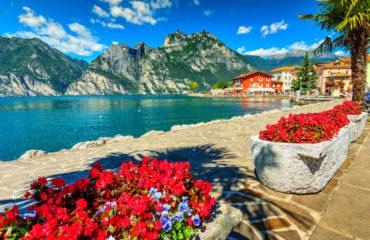 High mountains and promenade, Lake Garda, Italy_67034431