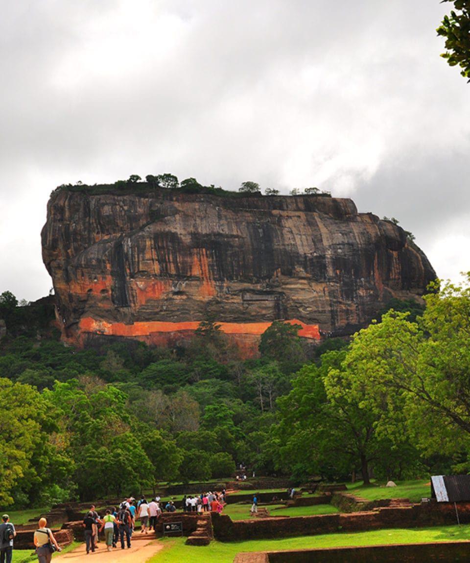 Sri-Lanka-Nov-2011-245-960x1149