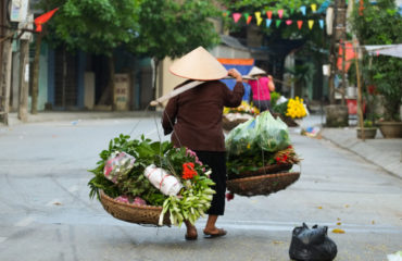 Women selling flowers, Hanoi, Vietnam._417920380