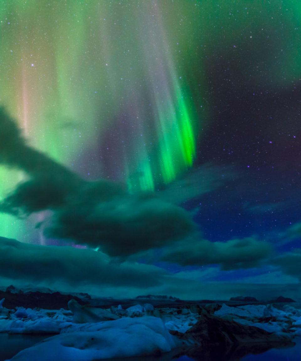 Northern lights over Jokulsarlon lagoon - Iceland_