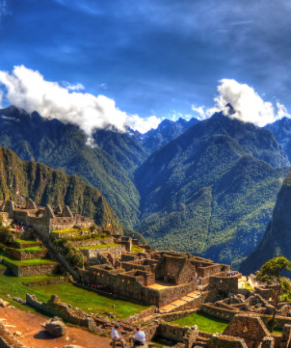 FEATURED IMAGE Lost city of Inca - Machu Picchu, Peru_557553571