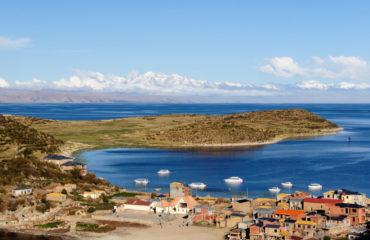 Titicaca-lake-579406894_4229x2809